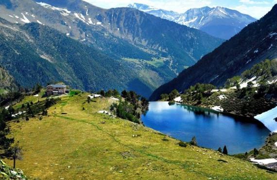 Peak Comapedrosa Andorra